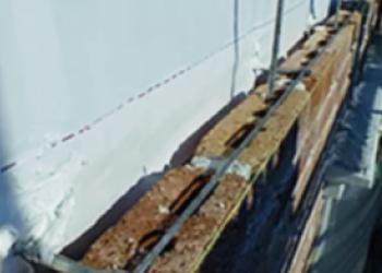 鉄筋補強したレンガの外壁構造
